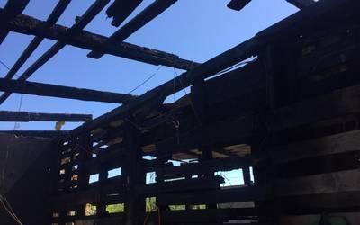 0fbbdb28838d Se incendia casa de cartón en Invasión Alcatraces